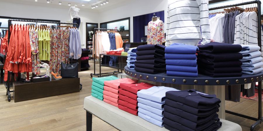 Why Are Retailers Turning to a Hybrid Cloud Model?